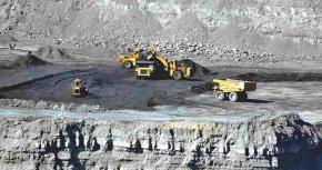 Controlan-recursos-pero-no-les-importan-los-daños,-el-CSIR-maneja-doble-moral-en-el-tema-minero